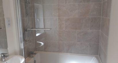 bathroom-installation-services-buckinghamshire-show-IMG